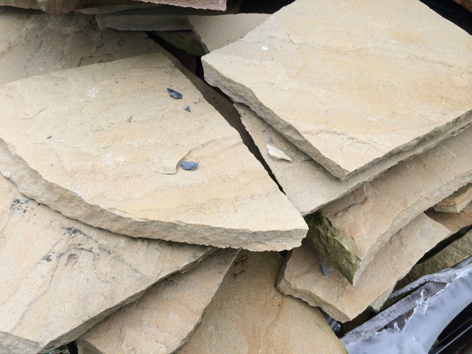 first image for Natural sandstone crazy paving