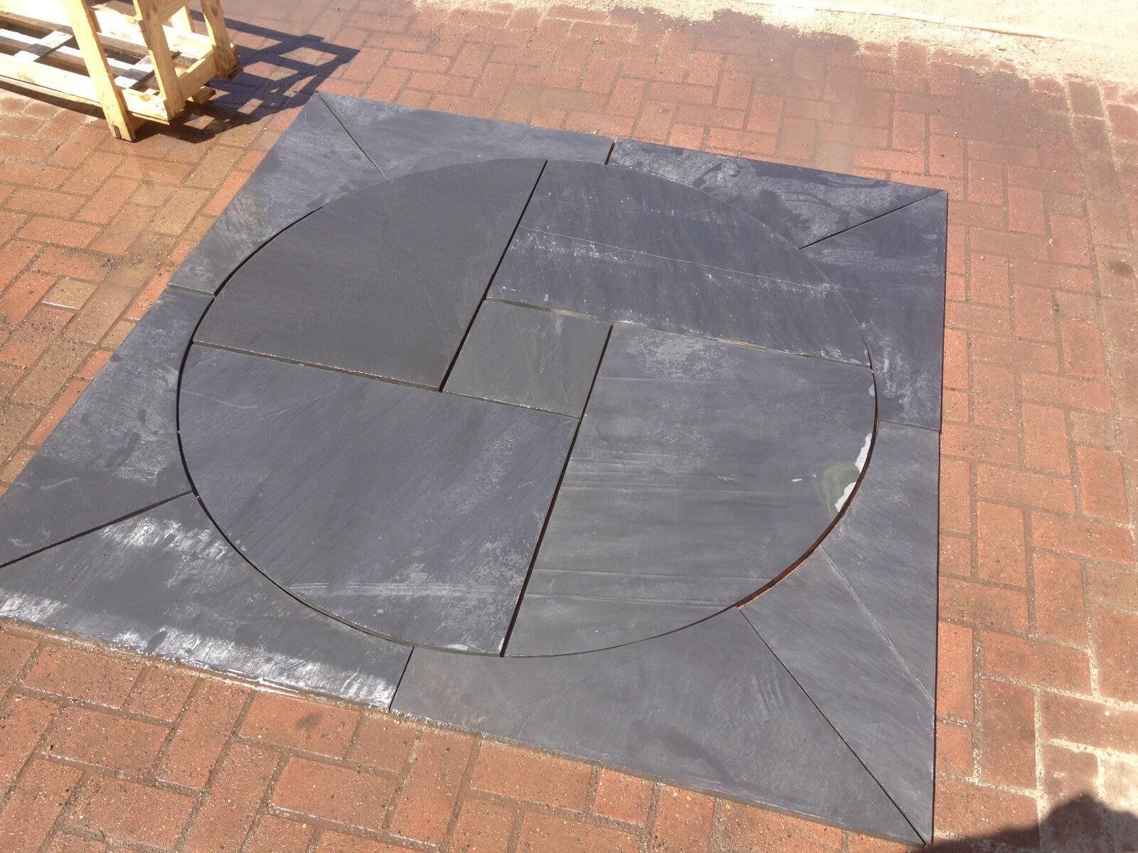 first image for Blue / black slate circle 1.8m x 1.8m